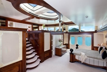 2003 201' Solemar yacht master stateroom